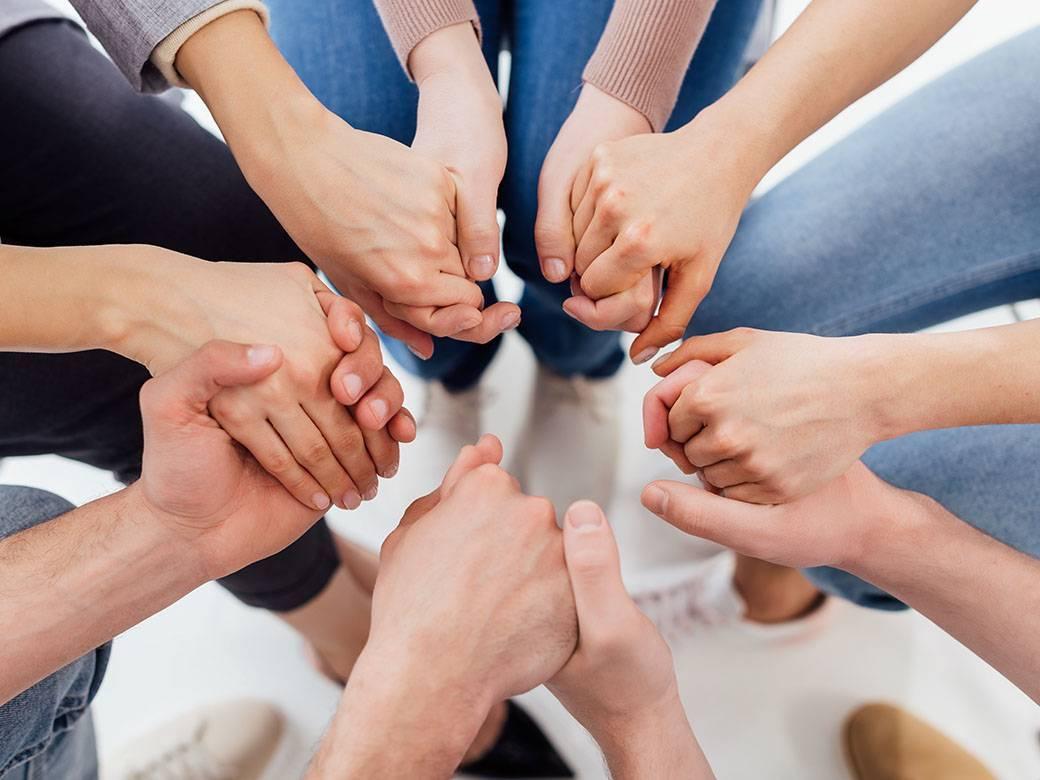 Ομάδες Δραματοθεραπείας